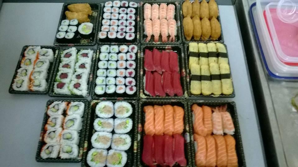 frisches sushi beim lieferservice bestellen lieferando. Black Bedroom Furniture Sets. Home Design Ideas
